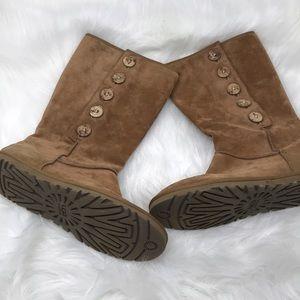 UGG Australia Button Chestnut Boots Shoes Size 8